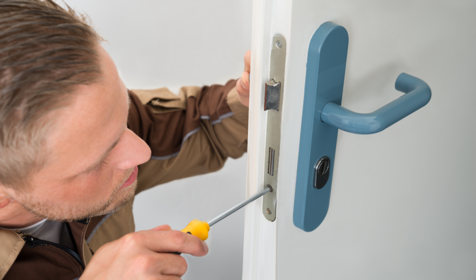 Kitchener Locksmiths Tools
